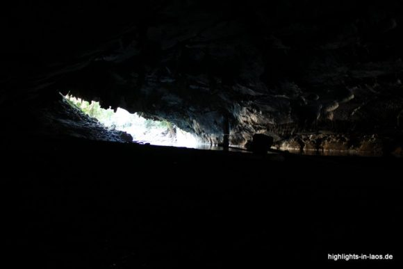 In der Kong Lor Höhle