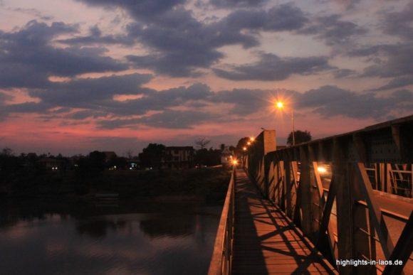 Brücke in Pakse